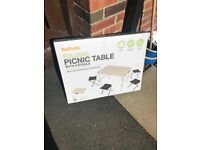 Picnic table and 4 stools
