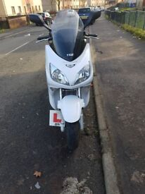 TGB maxi scooter 125cc Xmotion