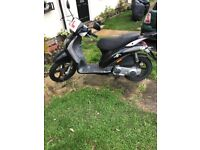 Moped for £499 has damaged on the side