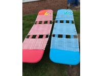 Pair of plastic lightweight sun-loungers lounger chairbed
