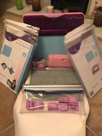 Helix Craft Room Cut/Emboss Art/Craft Kit.