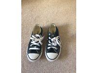 Kids black converse size 10