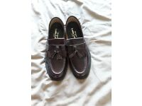 Mens size 9 tan Loake brighton shoes