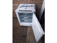 Bosch integrated under counter freezer GUD15A40 - very good condition