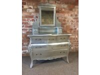 French Style 6 Drawer Dressing Table with removable mirror
