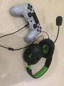 PlayStation 4 controller & headset