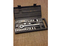 RACHET AND SOCKET SET WITH MISSING SOCKETS IN CASE