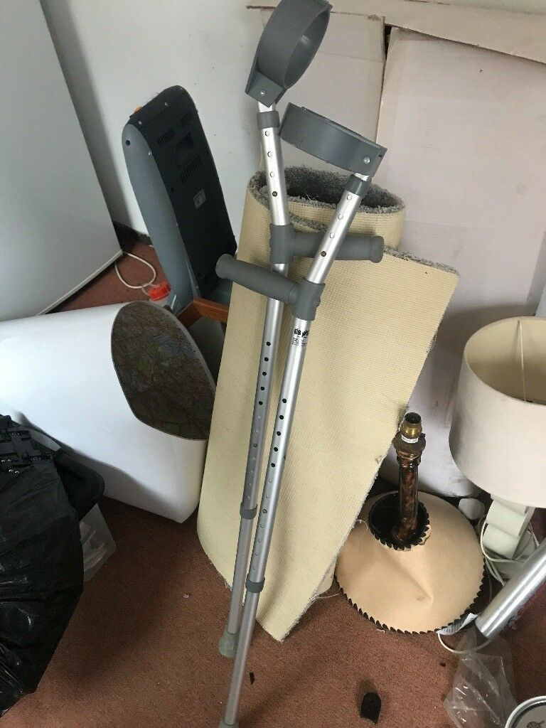 Adjustable walking stick