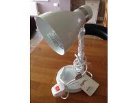 Desk-Top Spot light in white