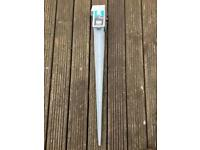 Metal stake for fence post