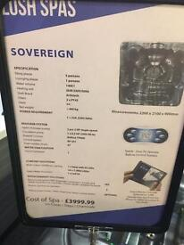 LUSH SOVEREIGN 6SEATER HOTTUB