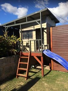 Cubby house - custom made wood with skillion roof Kallaroo Joondalup Area Preview