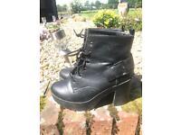 New look chunky boot heels