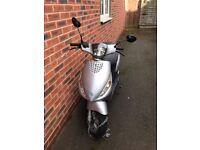 I sale my scooter, Piagio Zip 2009!