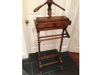 OAK VALET WITH TWO DRAWS CARVED LEGS HARDLY USED