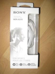 Sony Sport In-ear Headphones / Headset / Earbuds. Mic. Water Resistant. Light Weight. Clip ON. Tangle Free Cable