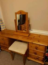 Pine Dressing Table With 6 drawers, stool and mirror
