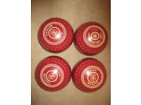 Taylor Ace size 4 indoor/outdoor bowls