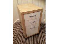 Small ikea filing cabinet / drawers