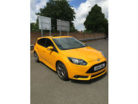 2014 FORD FOCUS ST-2 TURBO YELLOW