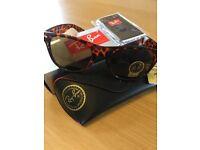 Ray ban tortoiseshell frame wayfarer sunglasses brand new in box