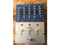 Stanton SMX501 3-channel DJ Mixer, excellent condition with power supply and original box