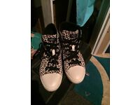 Neo adidas leopard print size 6