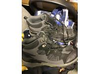 Regatta Crossland Mid walking boots. UK 8