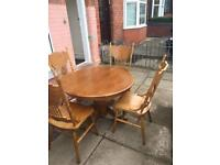 Lovely pine dining table 4 pine chairs great condition