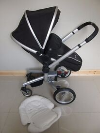 Silver Cross Surf in black, carrycot and car seat included new accessories