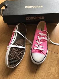 Pink girls converse trainers. Size 1 and a half 1/2