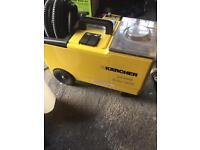 Karcher puzzi carpet machine