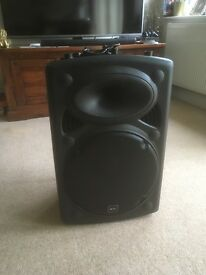 A quality 250w speaker QTX selling due to buying new blue tooth one