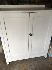 White sideboard/ storage cipboard