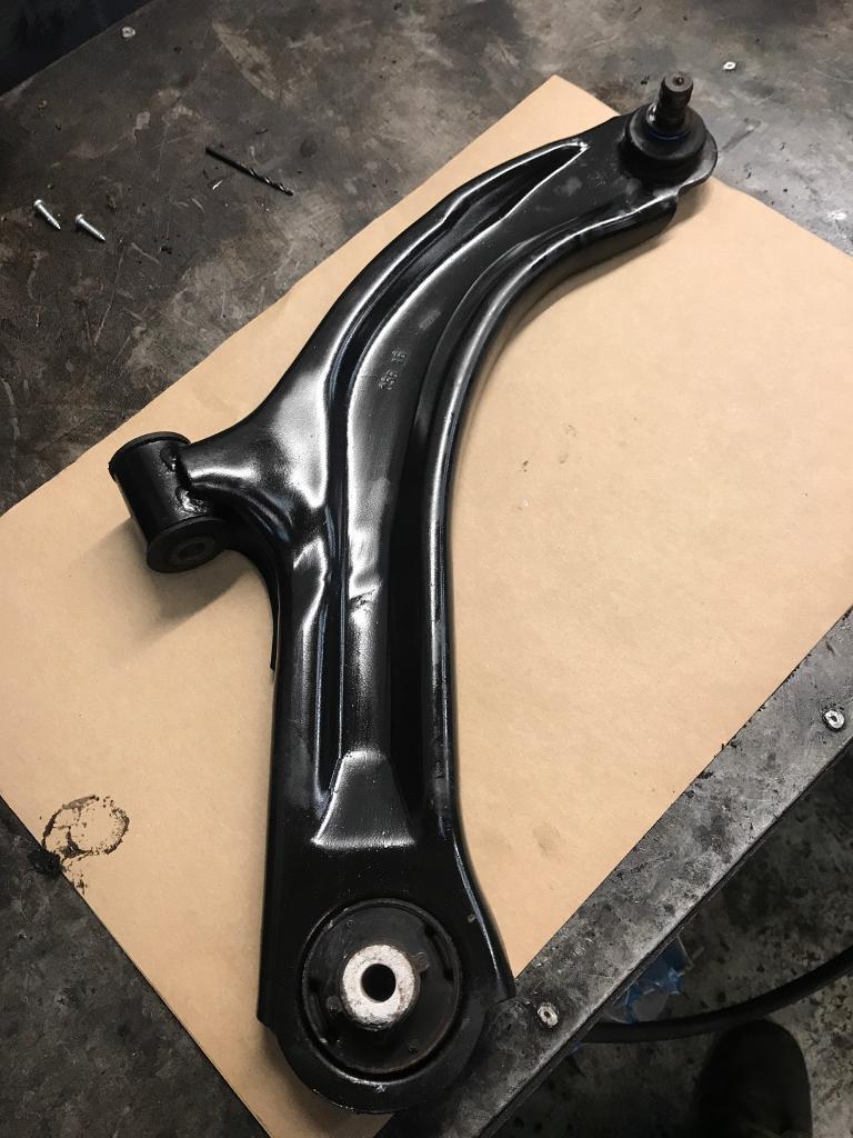 Nissan note offside front bottom wishbone arm