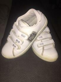 Hello kitty Velcro trainers pe sports easy tie up 13