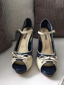 Navy & Cream open toe Mary Janes, size 6