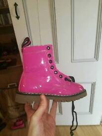 Dm Style boots size 10
