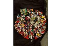 Over 5 kilo of Genuine Lego