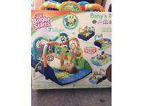 Bright starts baby's play place... rrp £75 bargain £20