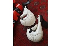 SALE BOXING AND DEFENDING GLOVES