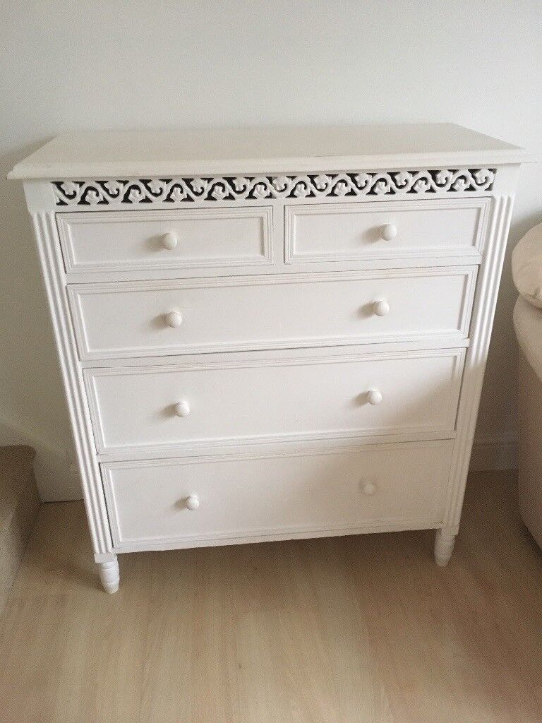 White belgravia bedroom furniture chest of drawers in tamworth staffordshire gumtree for White bedroom chest of drawers