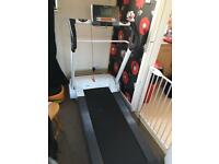 L@@k I run treadmill
