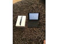 iPad mini 1st generation 16gb & keyboard with original box.