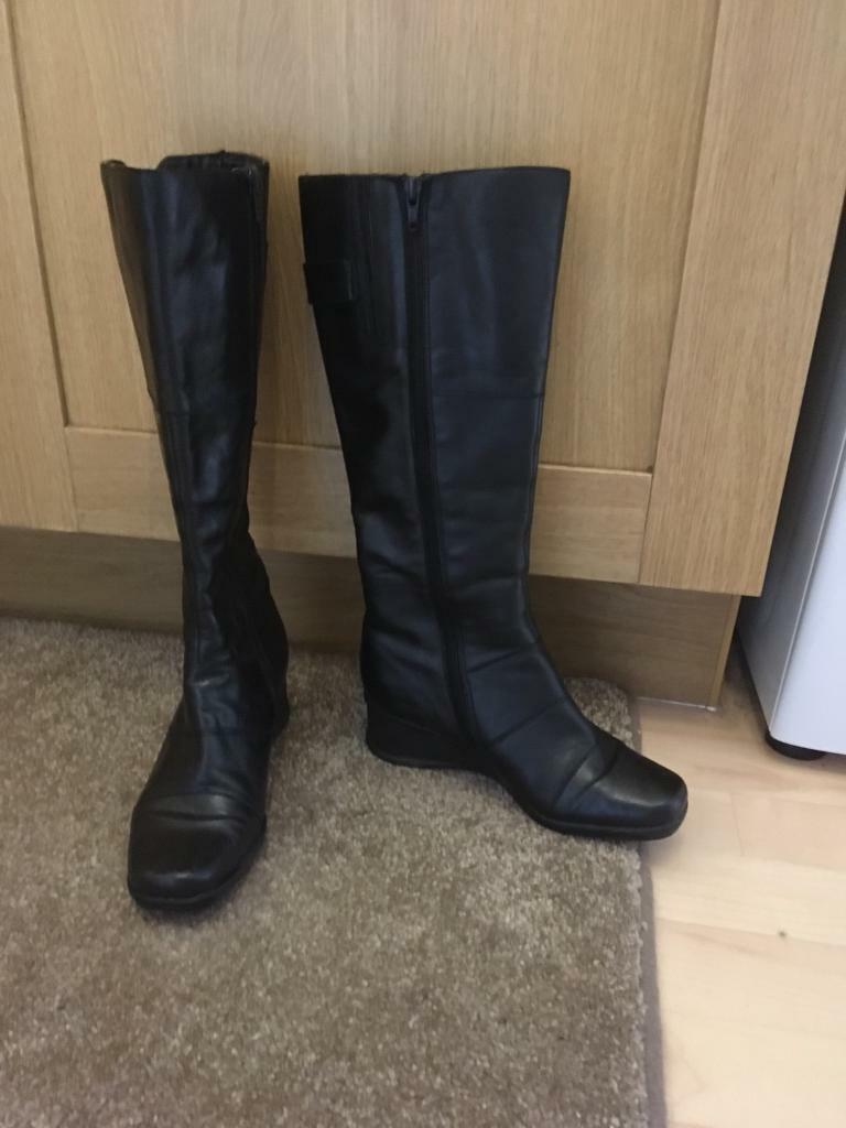 Ladies Boots
