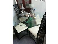 GORGEOUS TABLE AND CHAIRS **GREAT CHRISTMAS GIFT **REDUCED *NEEDS TO GO 🎄🎁🎀