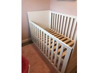 Free- White wooden cot bed for free uplift only