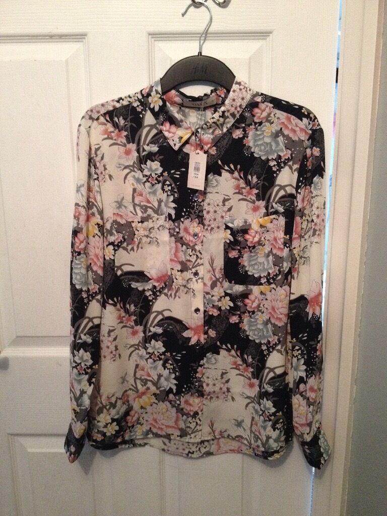 Womens oasis floral shirt new size 16. Womens Londen 8 sequence top size 16 newin Blackpool, LancashireGumtree - Womens Oasis floral shirt brand new size 16. Binned receipt so unable to take back (wrong size) £38 will accept £30 Womens Londen 8 sequence black top also brand new size 16 £59 in shops will accept £50 £75 for both