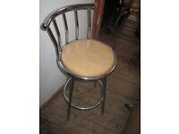 3 Kitchen bar stool/chairs