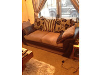 3 Seater modern sofa excellent condition